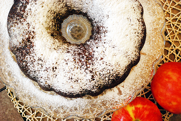 Post image for Apple Butter Bundt Cake