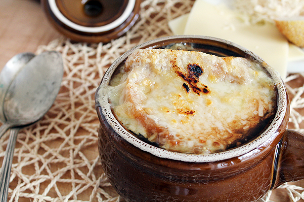 Post image for Baked Onion Soup