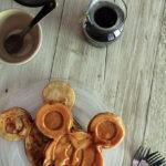 Secret Recipe Club: Apple Cinnamon Waffles